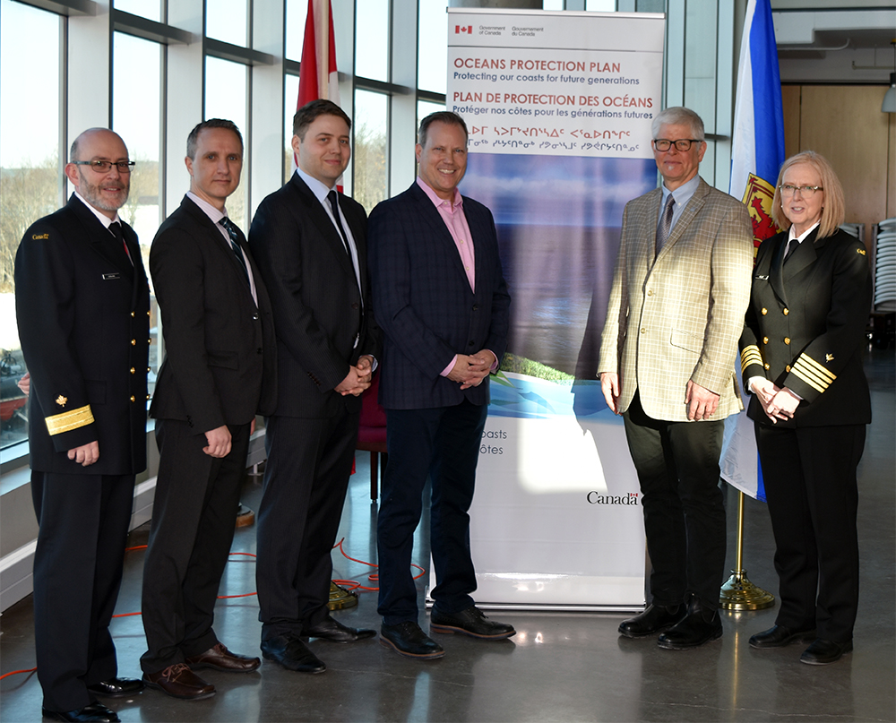 Canadian Coast Guard, DFO, MP, London Offshore and Dillon at VOC Announcement 2019