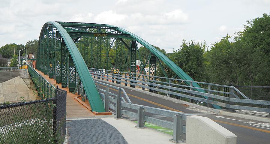 Blackfriars bridge completed
